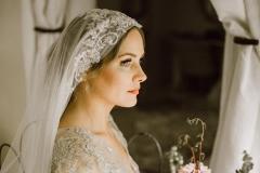 kaylah--vintage-style-veil