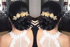 natasha--somner-gold-flower-comb